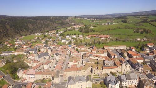 patrimoine village vue aerienne 8