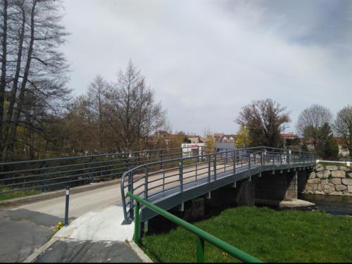 pont terrain de sports 1