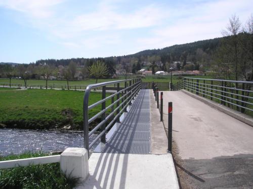 pont terrain de sports 3